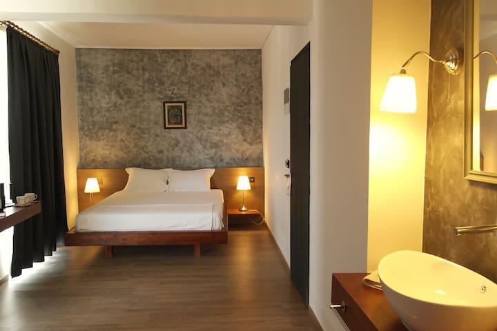 LI MANGO ROOMS BY THE SEA ( 101 MOUNTAIN VIEW) - Tigkaki - Bed & Breakfast