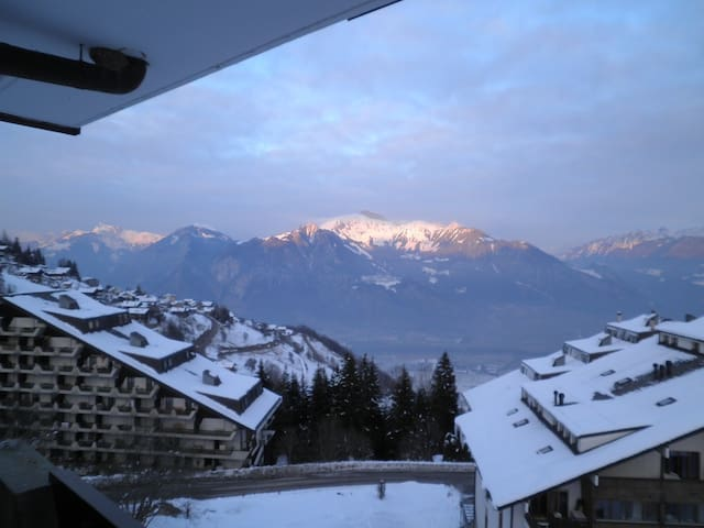 Mountain flat for 4, beautiful view, - Torgon - Appartement