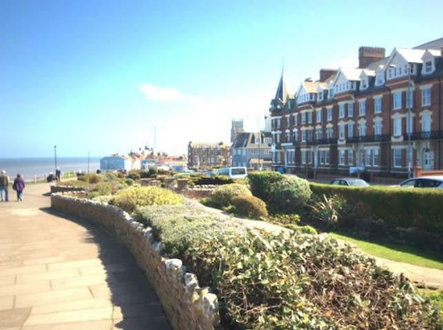 Ground floor apartment with uninterrupted sea view - Cromer - Daire