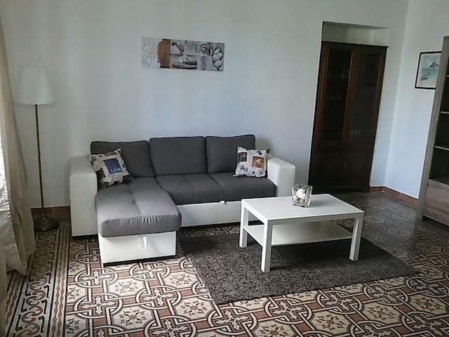 Delizioso trilocale ristrutturato adiacente centro - Casale Monferrato - Lägenhet