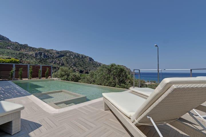 Holiday villa with pool near Kissamos - Sfinari - Villa