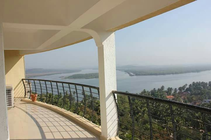 3BD Apartment with a Panoramic view - Ribandar