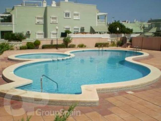 2 bed Apartment with solarium and FREE Transfers - Gran Alacant - Daire