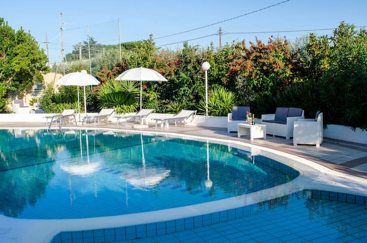 Apartment with Pool in Puglia for 2 people - Impalata