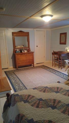 Pioneer 2 Wild Hare Organic Retreat - Glade Valley - Huis