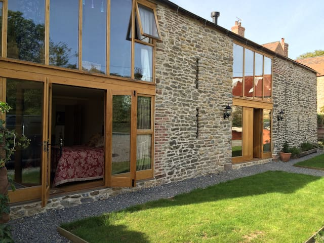 Peaceful comfort in the ancient Forest of Dean. - Gloucestershire - Casa
