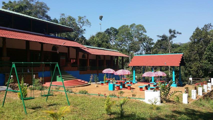 Vrindavan Sangeeth Farms - Coorg - Kolagadalu, Coorg  - Bed & Breakfast