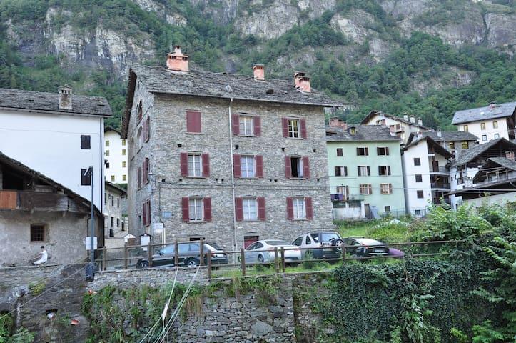 Artogna - Campertogno - Casa
