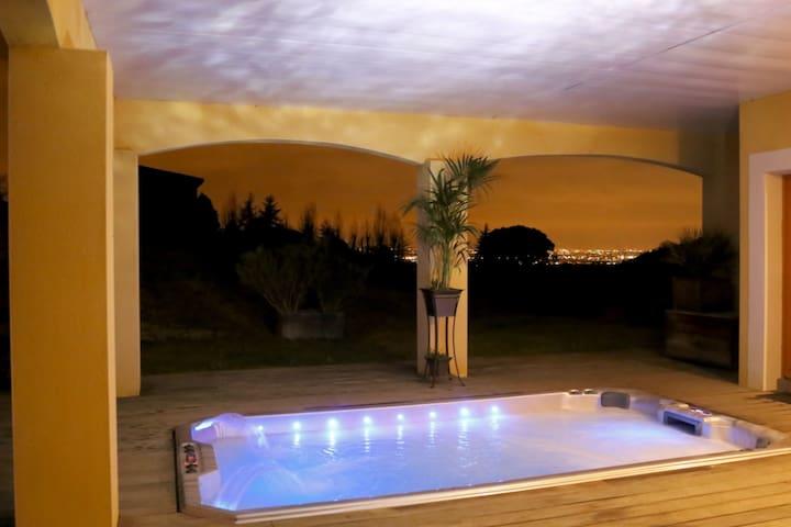 Gîte de rêve: terrasse,vue,piscine,jacuzzi XXL - Vieille-Toulouse - Apartamento