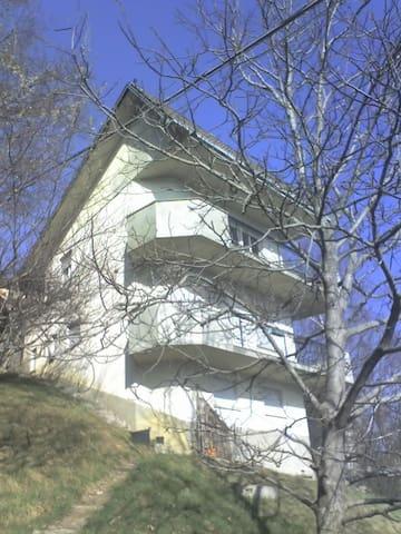 Casa vacanze e relax a Fuipiano valle Imagna - Fuipiano Valle Imagna - Huoneisto