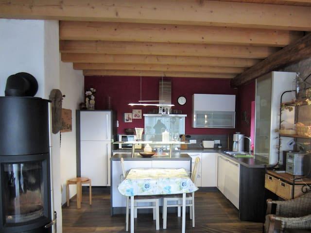 Wohnung auf einem alten Bauernhof - Neuheilenbach Eifel - Leilighet