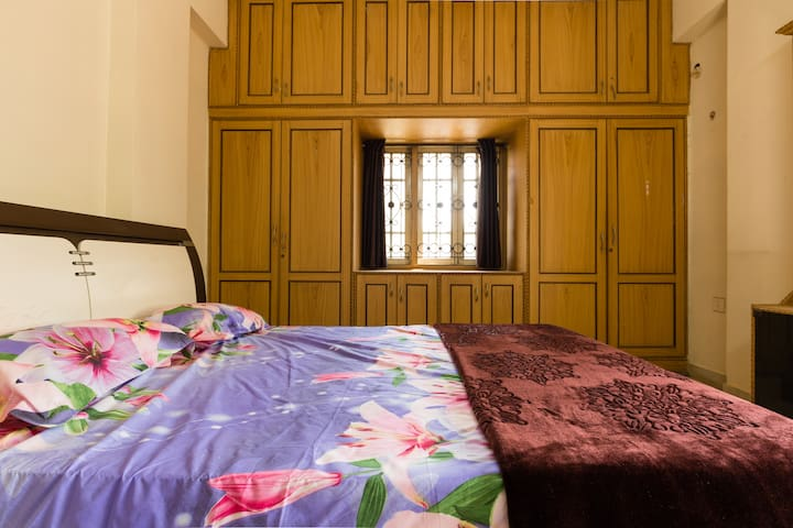 Cosy, Serene & Coveted - Hyderabad - Appartement