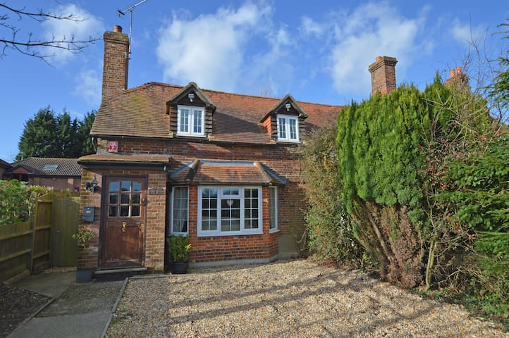 The Old Post Office, Rural Cottage - Hampshire - Huis