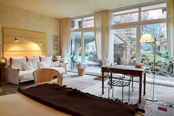 Suite Finardi Charme in the garden - Bergame - Bed & Breakfast