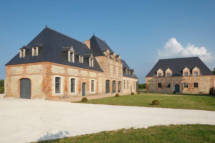 Luxury mansionin Normandy w/ garden - Ravenoville - Kasteel