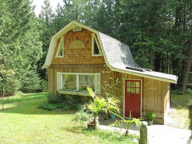 Angel Cottage - Salt Spring Island - Houten huisje