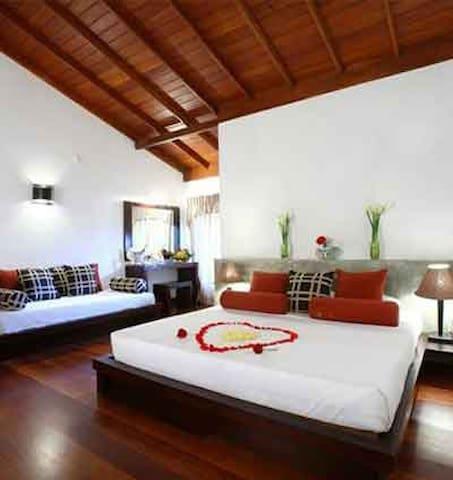 Hotel Tree Of Life - Kandy - Bed & Breakfast