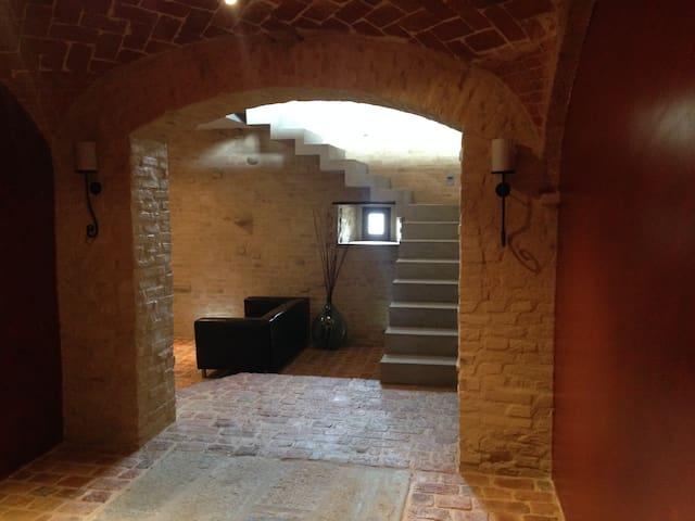 Cascina Vigna - Castello di Annone - Villa