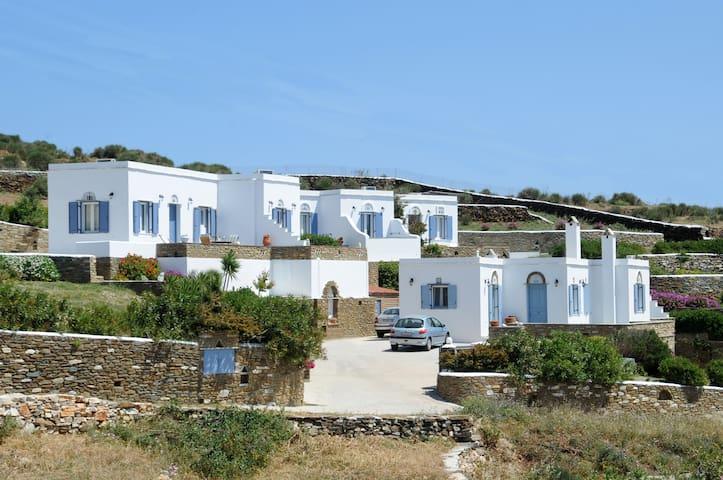 Apartment with Breathtaking View - Triantaros - Leilighet