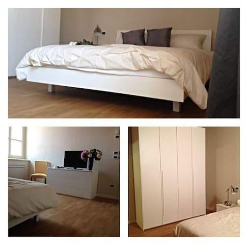 Luminosa stanza nel cuore della Franciacorta - Rovato - Appartement