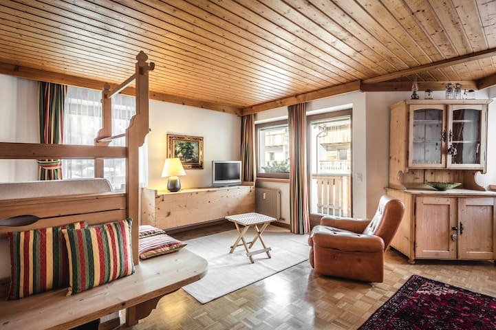 Apartments Dasser - San Martino In Badia - Departamento