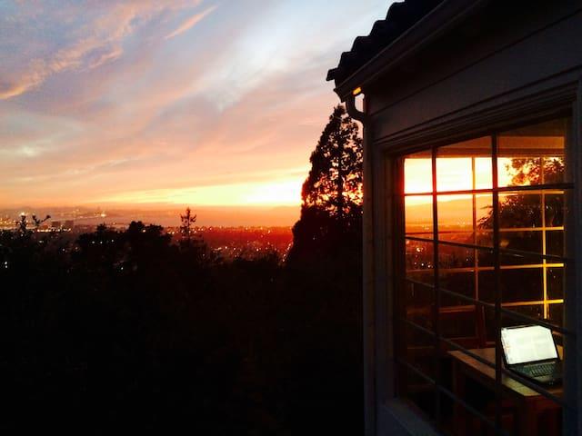 Berkeley Hills Treetop Gem - Berkeley - Kabin