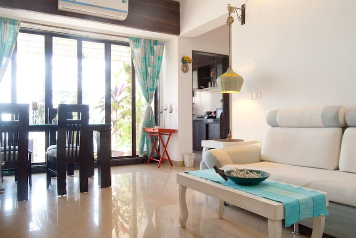 A private room in khar/Bandra west - Bombay - Appartement