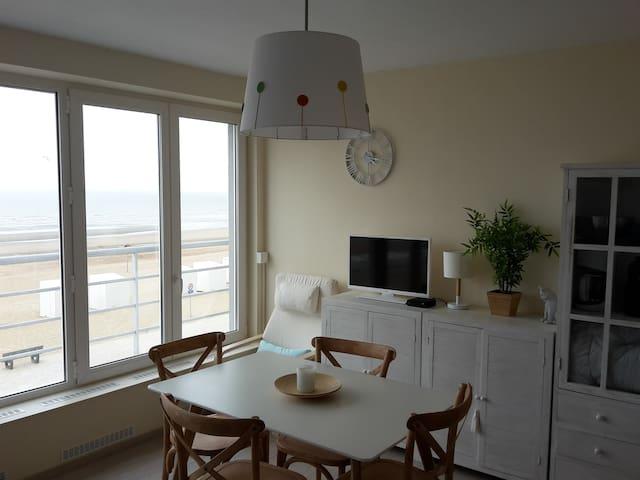 Appart 1 chambre (4 p.) vue sur mer - St-Idesbald - Koksijde - Apartament