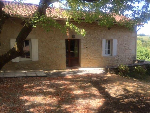 MAISON DE CAMPAGNE ENTRE DEUX MERS - Auriolles - Casa
