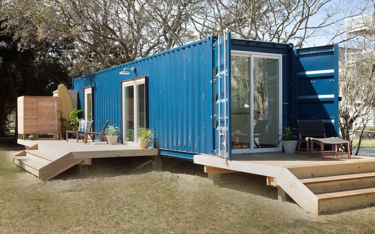 Modern Beach Container Home #2 - 卡羅萊納海灘(Carolina Beach)