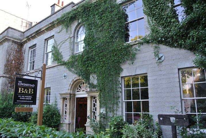 The Covenstead - Hernes - Glastonbury