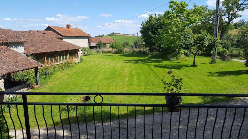 Joli duplex proche Figeac limite Aveyron et Cantal - Saint-Cirgues