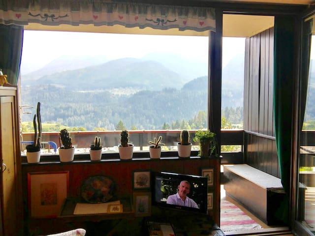 Appartamento in centro e con vista Dolomiti - Castello di Fiemme - Apartament