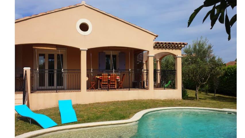 Nice villa near Avignon - Althen-des-Paluds - Casa