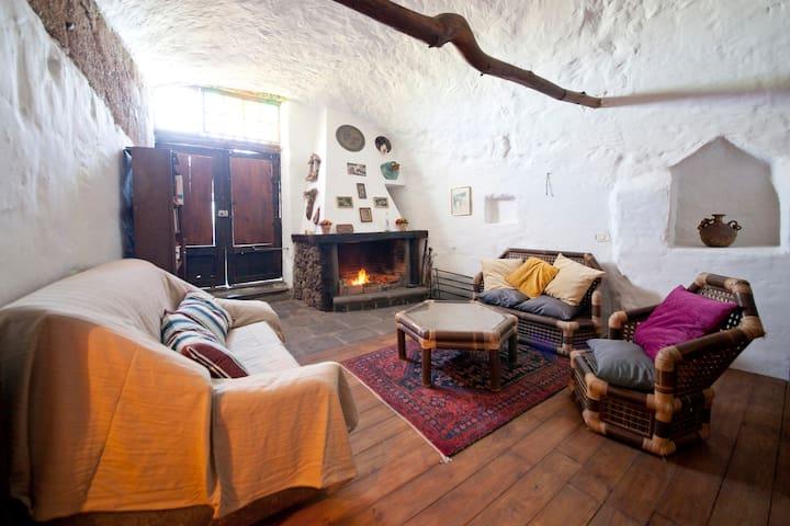 Maravillosa Casa Cueva en entorno rural - Fasnia