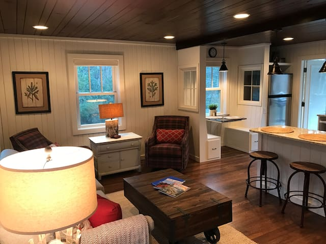 Tiny Trail Cottage - Cashiers - Huis