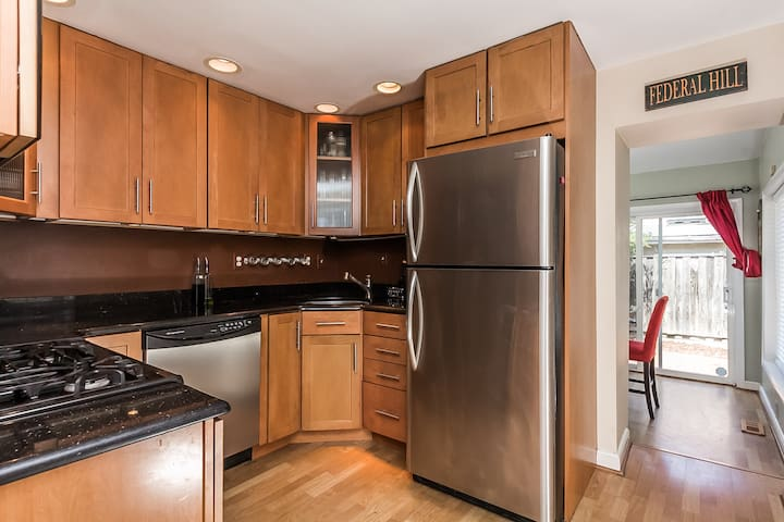 Row Home in Heart of Federal Hill - Baltimore - Huis