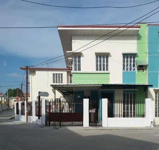 Home-y room <3 - Castillejos - 獨棟