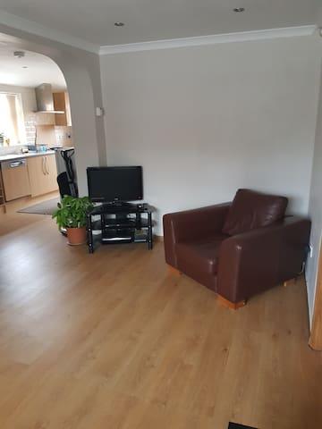 Beautiful Brand New 1bed apartment - Sindlesham