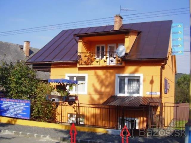Jednoduché ubytovanie - Prešov - Lägenhet