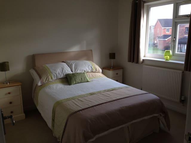 Double Room in Poulton, Lancashire - Poulton-le-Fylde