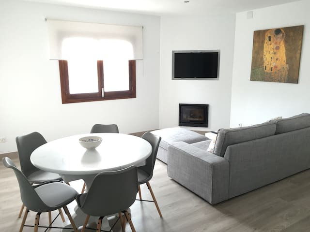 Bright apartment close to the beach - Can Picafort - Daire