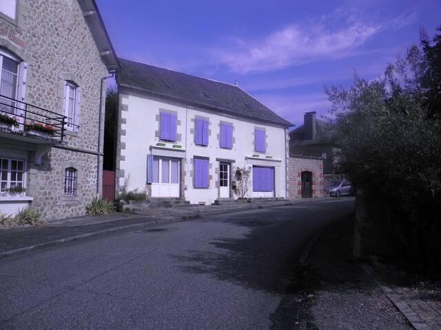 la maison du bonheur - Saint-Privat - Ev