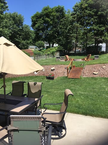 Private home available Pitt suburbs - Pittsburgh - Maison