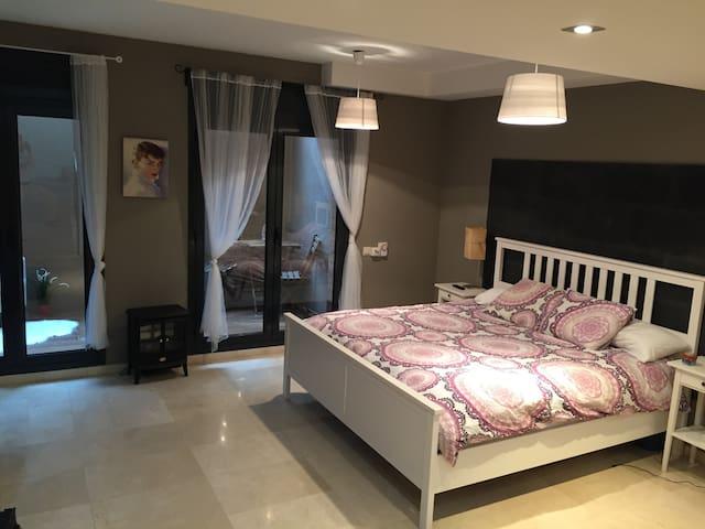 Precioso duplex en Castelldefels - Castelldefels - Huis