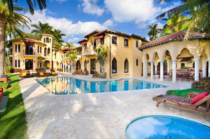 Villazzo Villa Jasmine - マイアミビーチ - 別荘