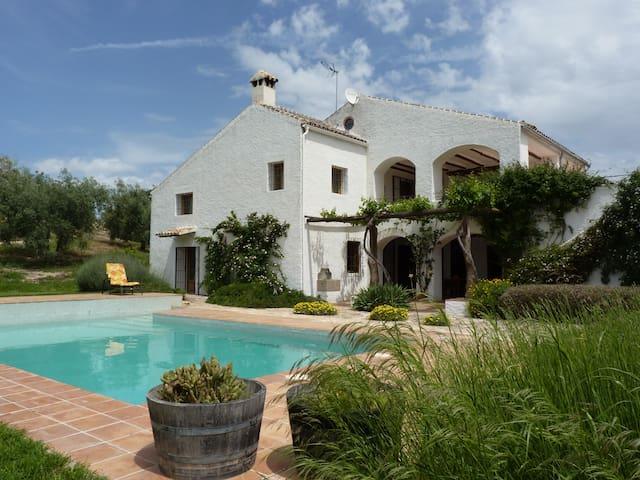 Villa Rural El Cerro del Almendral - Loja - Villa