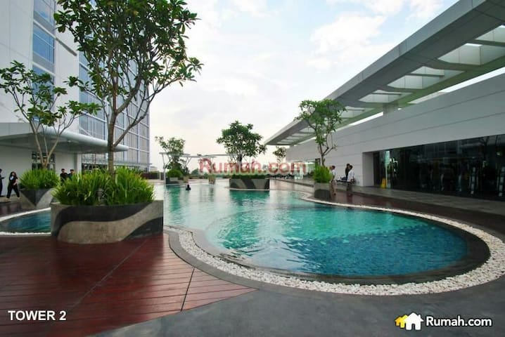 Clean Apartment integrated to Mall - Karawaci  - Leilighet