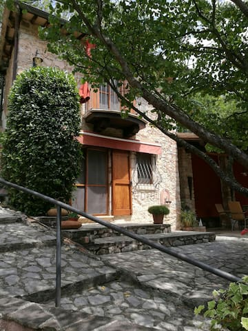 Lovely cottage in Umbria - Civitella - Casa