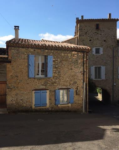 Rue de la Poste - Vignevieille - Casa